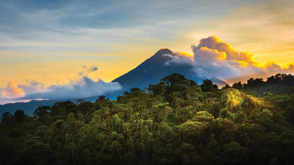 Go to Costa Rica with Doug, only a few seats left!